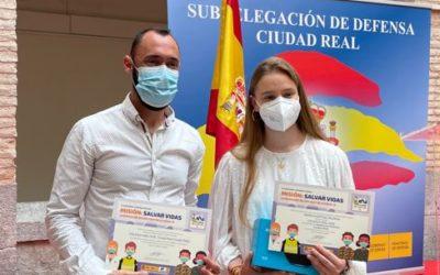"""Alumna premiada en concurso """"Carta a un militar"""""""